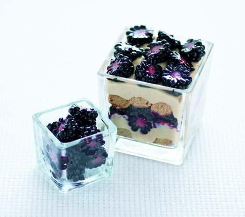 Ricette con la frutta di stagione - Dolcezze alle more: nere e rosse, niente bionde...