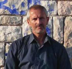 A tavola con... Gianrico Carofiglio - Più sobrietà per cambiare il mondo