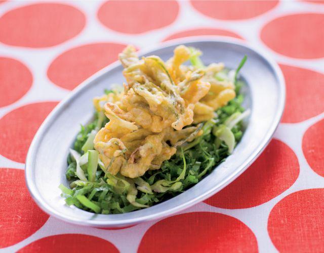 Frittelle di ceci e puntarelle con radicchio verde