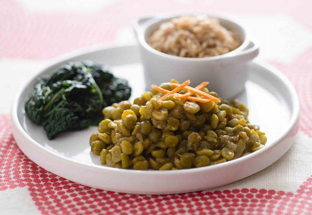 Piselli al curry con riso basmati e cavolo nero