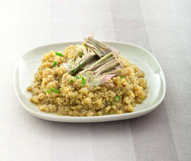 Quinoa a risotto con carciofi allo zafferano