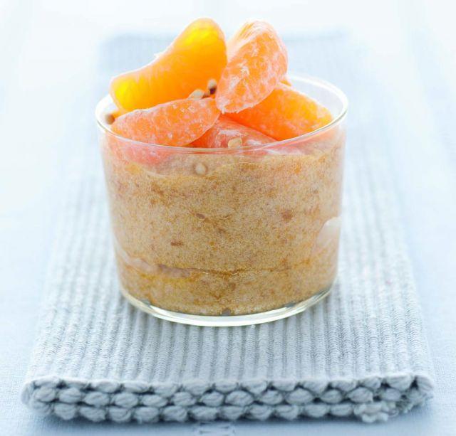 Dessert soffice di mele con clementine