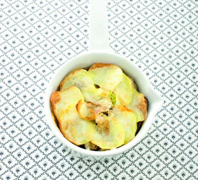 Sformato di carciofi e cavolo romanesco in crosta di patate