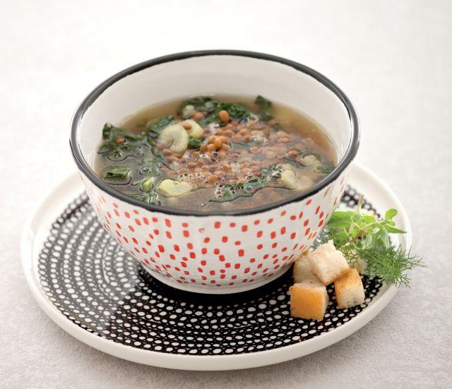 Zuppa di lenticchie alla romana con cavolo nero