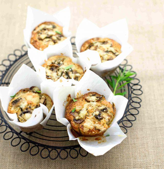 Muffin al grano saraceno con funghi e dragoncello