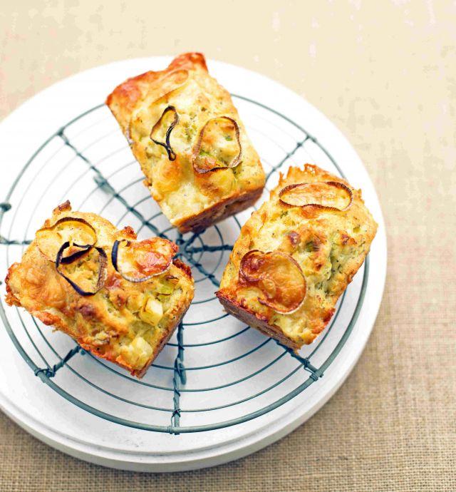 Mini plumcake con sedano rapa, porri e taleggio