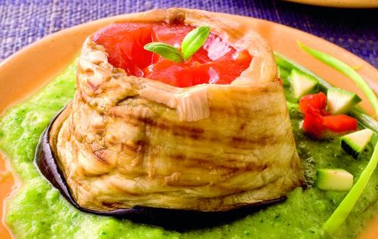 Timballini di melanzane e peperoni in coulisse di zucchine