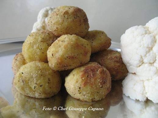 Bocconcini saraceni al forno con cavolfiore e patate