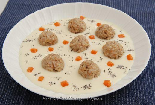 Crema di patate con polpettine di farro e porcini