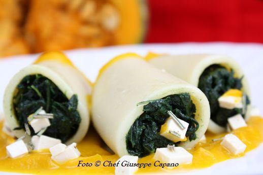 Paccheri ripieni di cavolo nero con salsa di zucca e doppio tofu