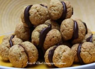 Dolci baci di olio passione alla menta e cioccolato