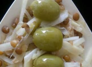 Insalatina di sedano bianco marinato allo zenzero, lenticchie e olive verdi