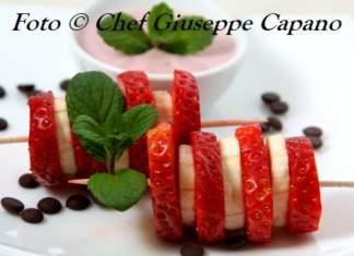 Spiedini con crema di yogurt 518