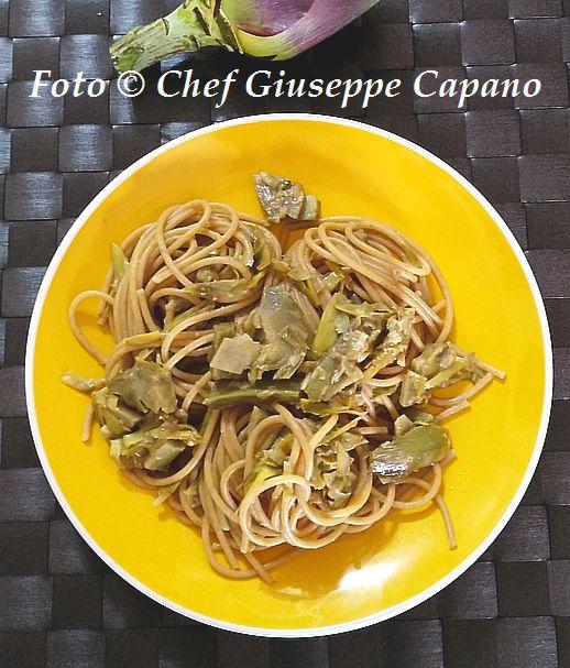 Spaghetti salsati alle cipolle e carciofi 518