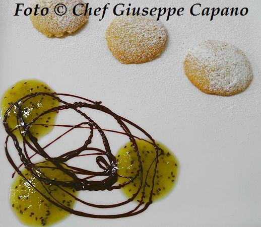 Biscottini friabili allo zenzero con kiwi e cioccolato 518