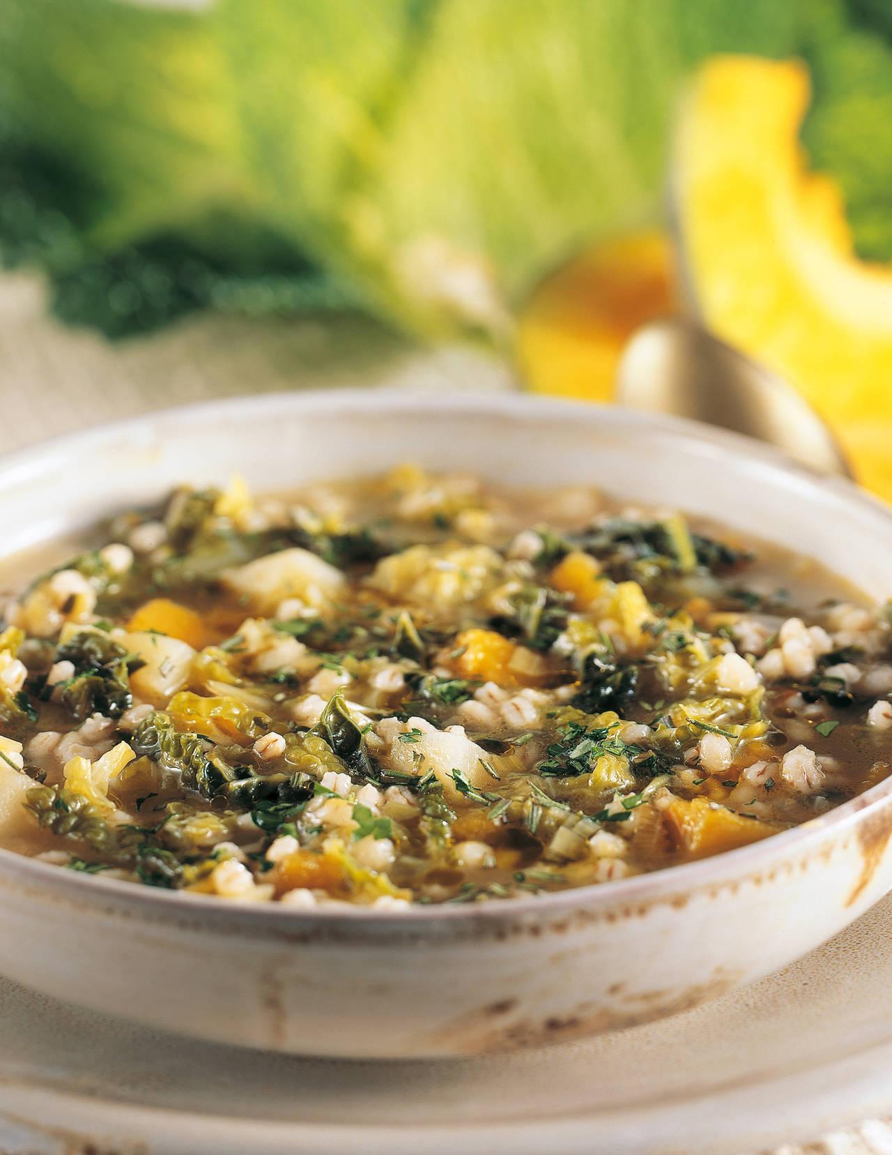 Zuppa di verza verde
