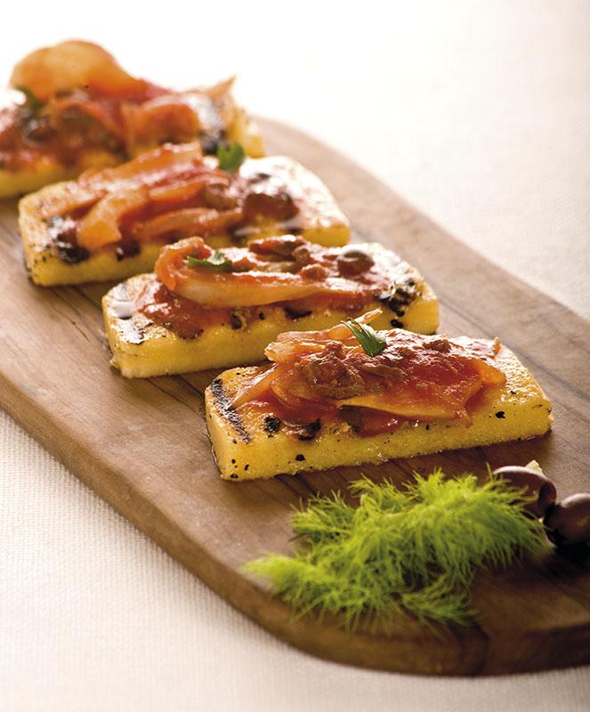 Crostoni Di Polenta Con Finocchi In Umido