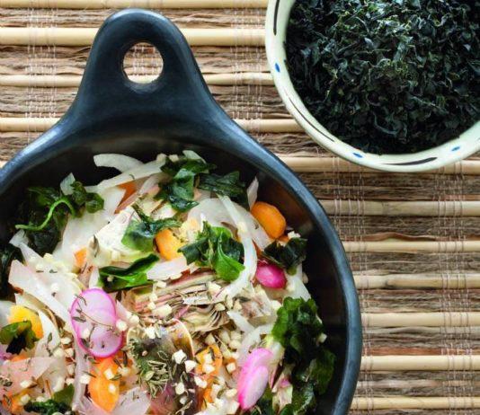 misto di ortaggi e alghe wakame - cucina naturale - Alghe In Cucina