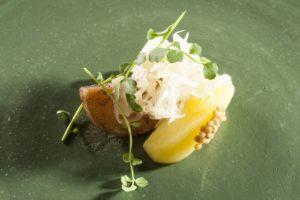 Klugmann Rapa, crauti, mela e tartufo nero locale