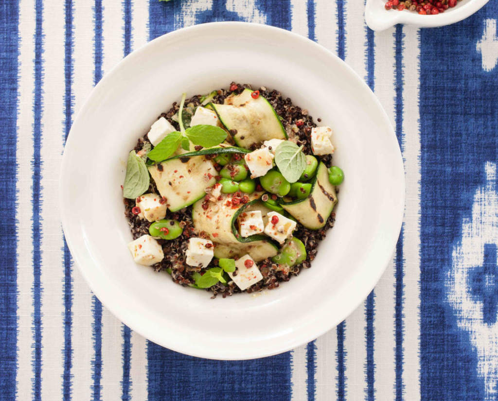 Ricetta Quinoa Nera.Quinoa Nera Con Feta Marinata Zucchine Allo Zenzero E Fave Cucina Naturale