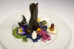 Meravigliosa terra. Ricetta di Yoshiko Hondo, foto di Vittorio Giannella Ortaggi, tofu, riso e alga nori