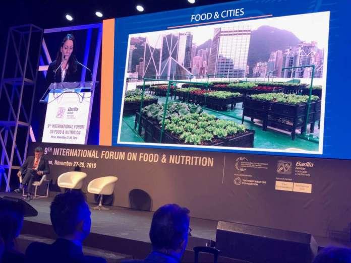 Un momento dei lavori al Forum on food and nutrition