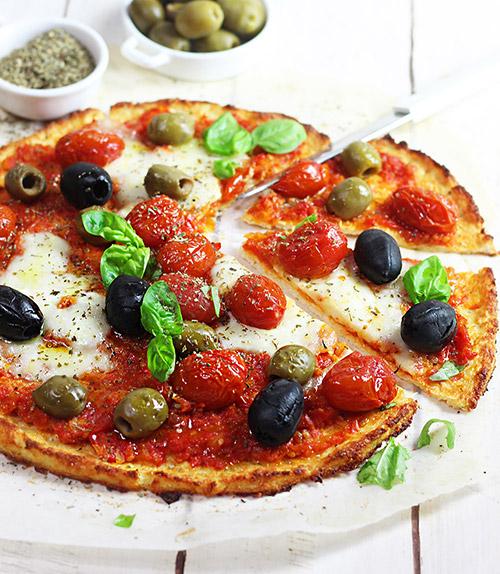 Pizza di cavolfiore senza glutine