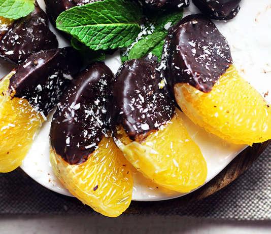 Spicchi di arance con cioccolato