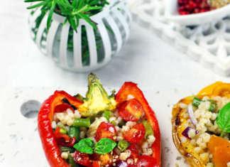 Peperoni ripieni con sorgo e verdure