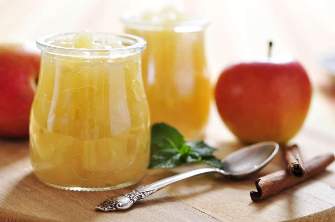 barattolini con crema di mele