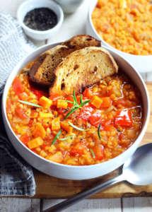 Stufato vegan lenticchie e verdure