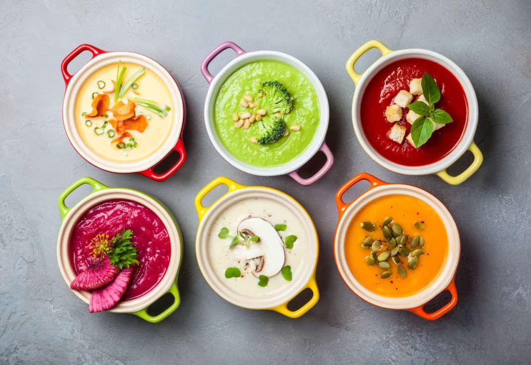 ciotoline con zuppe colorate