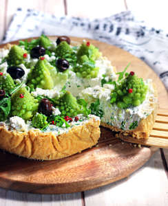 Cheesecake salata con alberelli