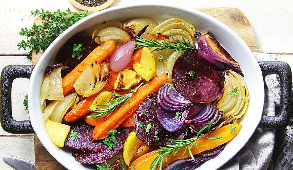 Teglia di carote, cipolle, barbabietola