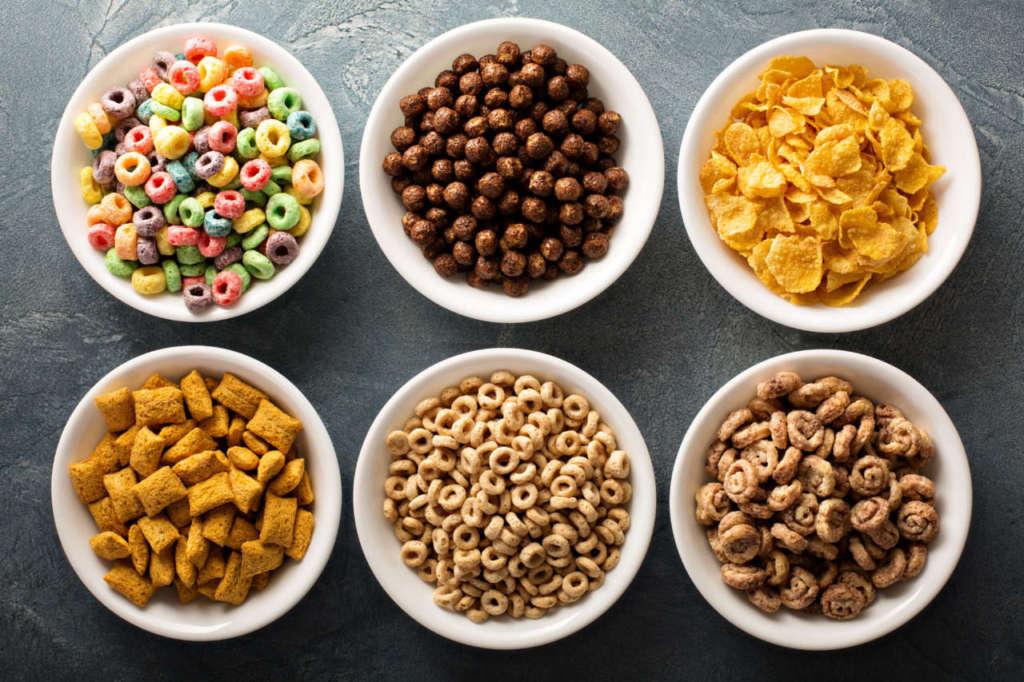 varietà di cereali per la colazione