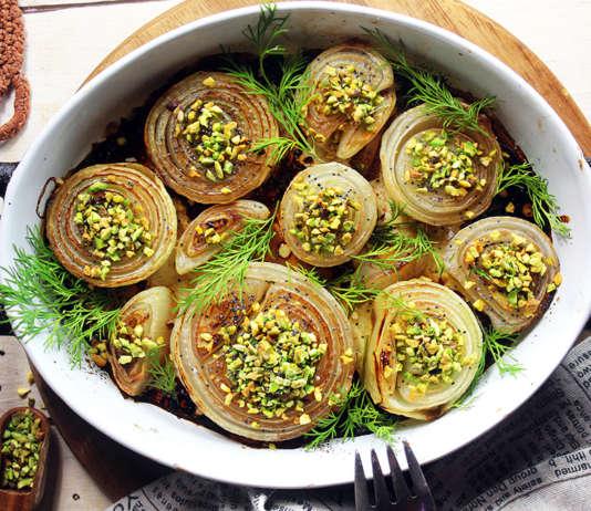 Cipolle al forno con pistacchi
