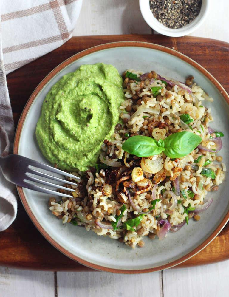 Lenticchie riso e pesto di zucchine