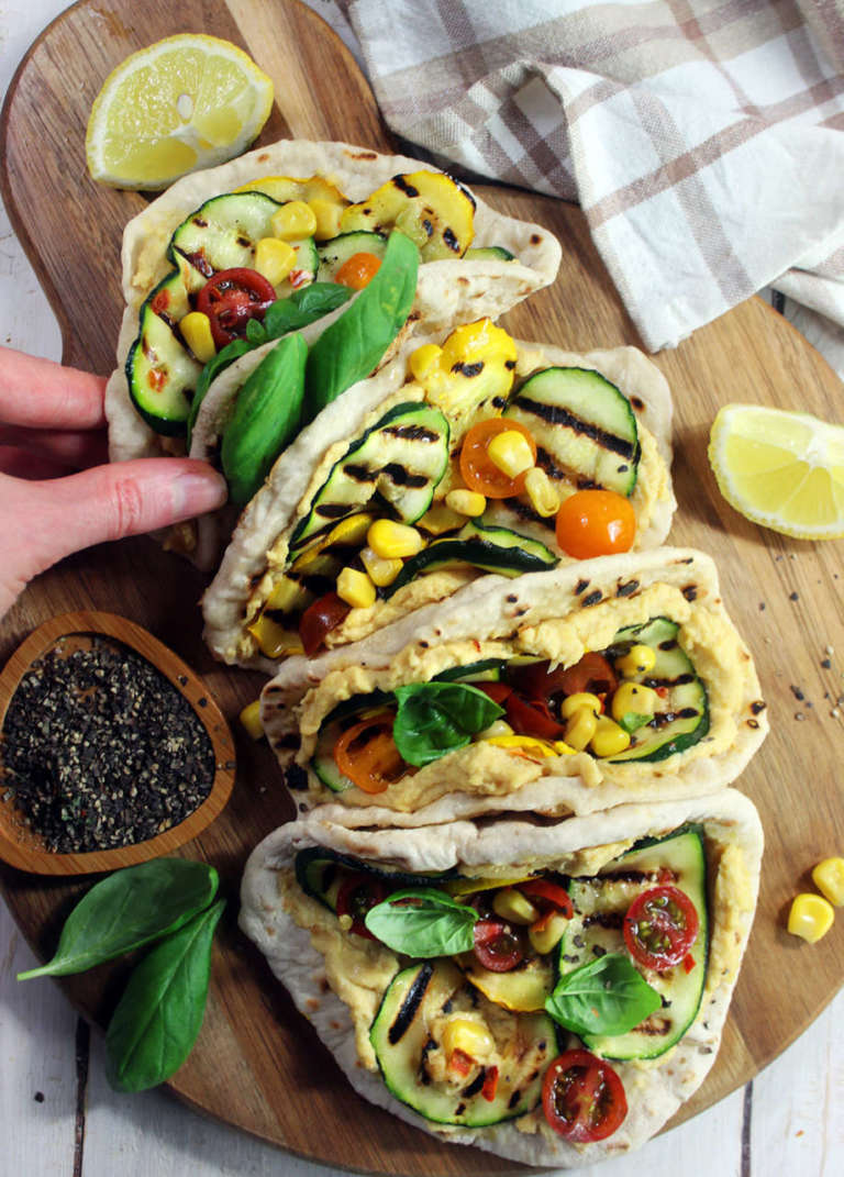 Tacos di farro con ripieno vegan